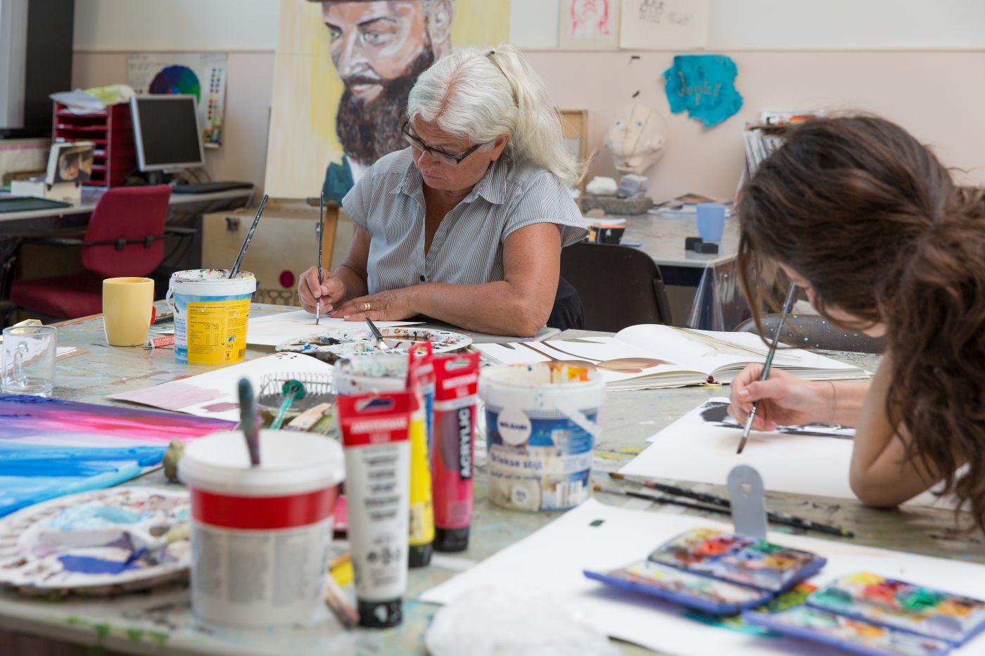 Impressie schilderles door Jofke bij Studio Xplo
