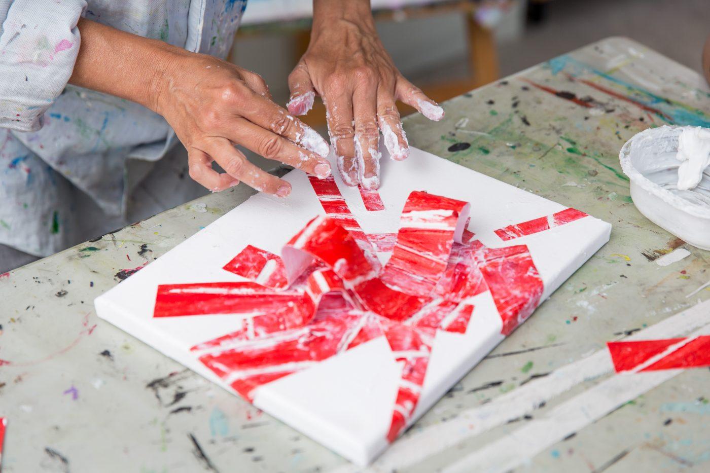 Blind schilderen bij Studio Xplo in Tilburg