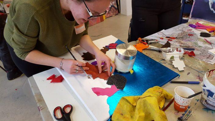 Teambuilding Taktila voelschilderijen maken bij Studio Xplo in Tilburg